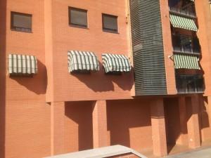 Sustitución lona de capotas para ventanas en Los Castillos, Alcorcón