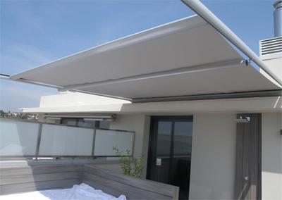 Toldo veranda toldos alcorc n for Materiales para toldos de aluminio